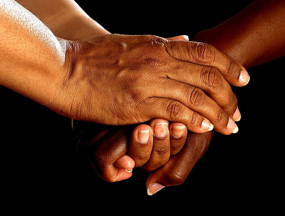 hands shake encouragement together